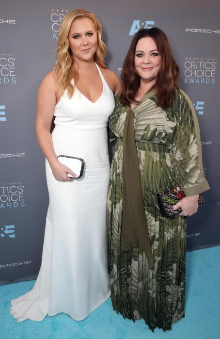 Amy Schumer and Melissa McCarthy