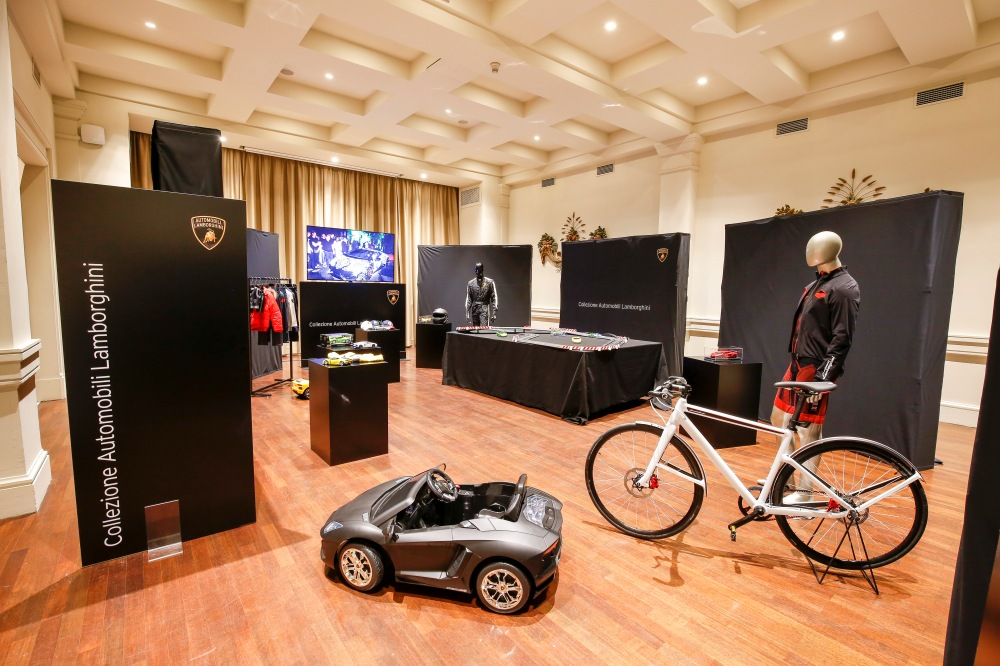 Collezione Automobili Lamborghini - Emerging Magazine Latest Fashion News