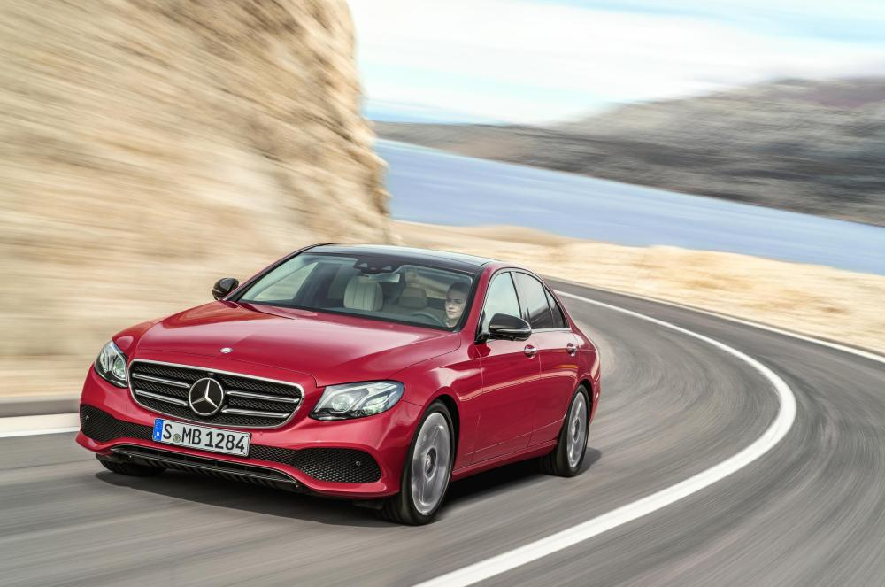 THE MOST INTELLIGENT LUXURY SEDAN IS THE 2017 MERCEDES-BENZ E-CLASS