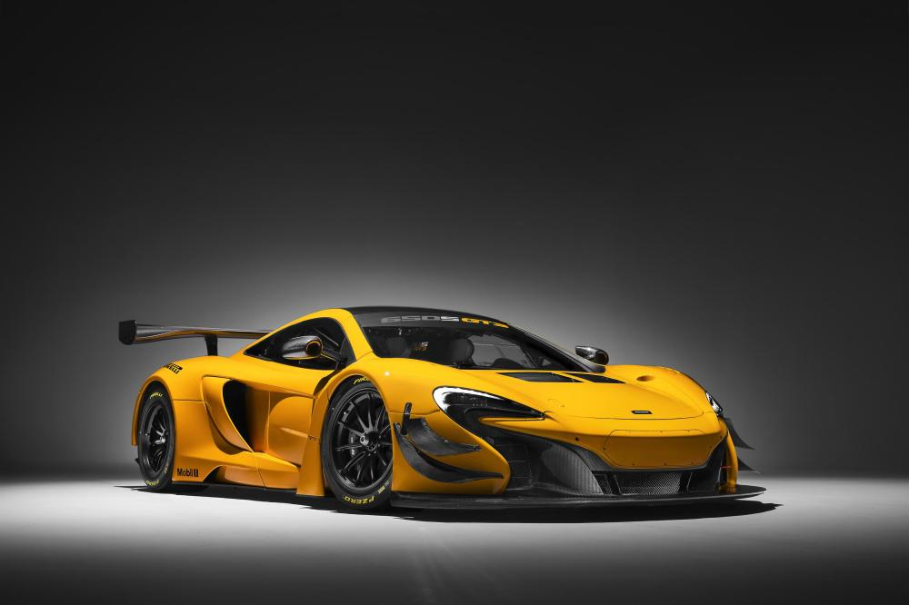 01 2016 Factory Driver plans confirmed as 650S GT3 heads to Geneva