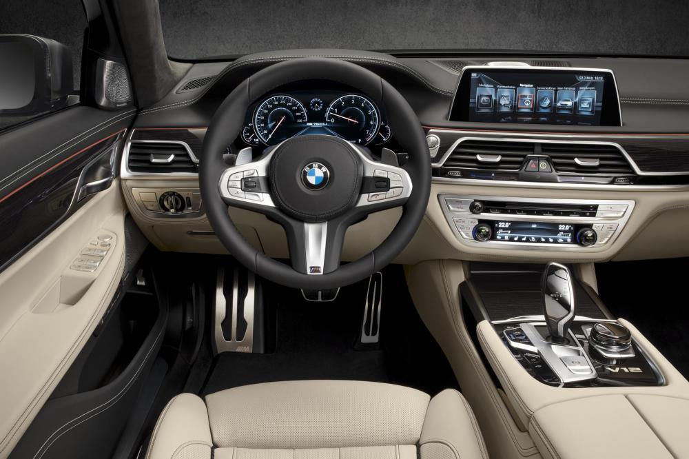 04 The new BMW M760Li xDrive - Emerging Magazine BMW News