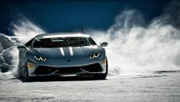 Lamborghini Huracan LP 610-4 on Ice and Snow