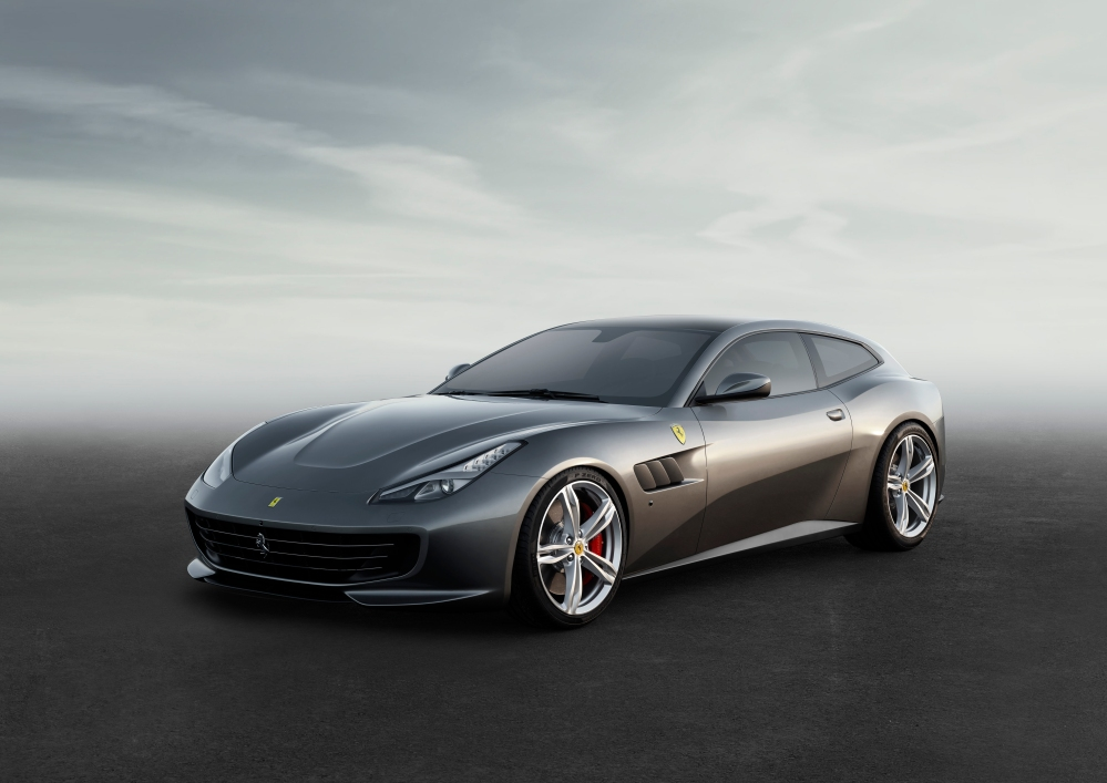 The New Ferrari GTC4Lusso is Sublime Elegance