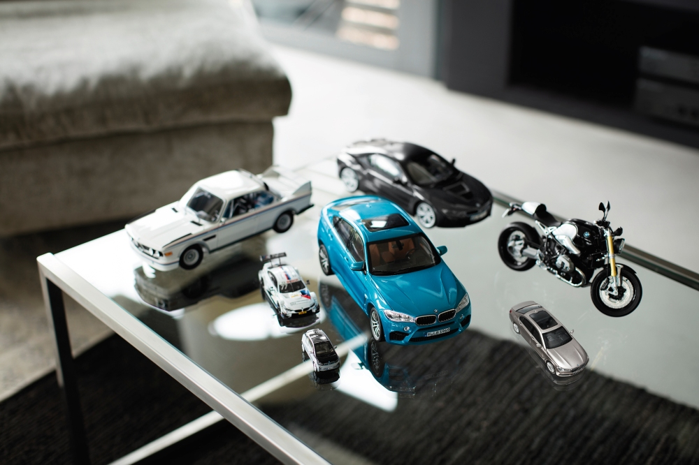 Emerging Magazine - BMW Miniatures - Cars